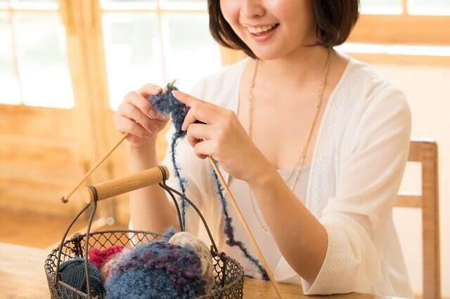 手編みニットデザイナー