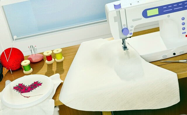 刺繍デザイナー
